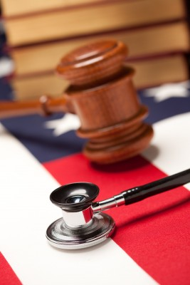 Personal Injury Lawyers Opposed to State's Malpractice Rule Changes-6991