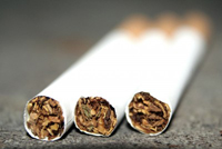 Smoking may speed up hair loss-7138